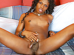 Hot black tgirl Brooke baring all