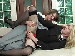 Emilia&Connor strapon sissysex movie