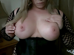 Shemale Escort with Big Ass posing in this Girlfriend Style Video