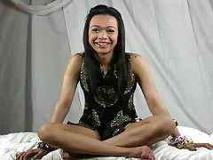 Asian femboy Nhicoleigh part 2