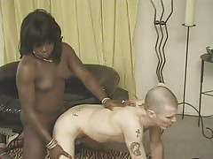 Sexy tranny gets rammed by a buff stud