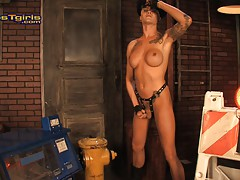 Naughty officer Danni Daniels taking a piss
