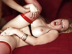 Kinky transsexual having hard dick in her nice ass in here!